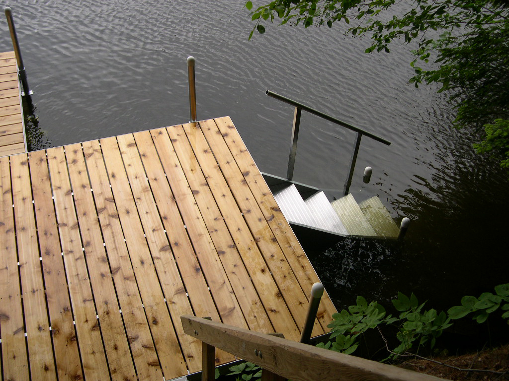 RDS Dock Aluminum Frame with Cedar Decking and Aluminum Stairs