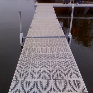 RDS Aluminum Dock with SureStep Decking
